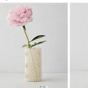 URBAN OUTFITTERS VASE